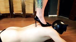 Trampling in shoes