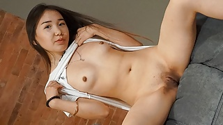 Solo Asian chick Lina Lee is using a vibrator, in 4K