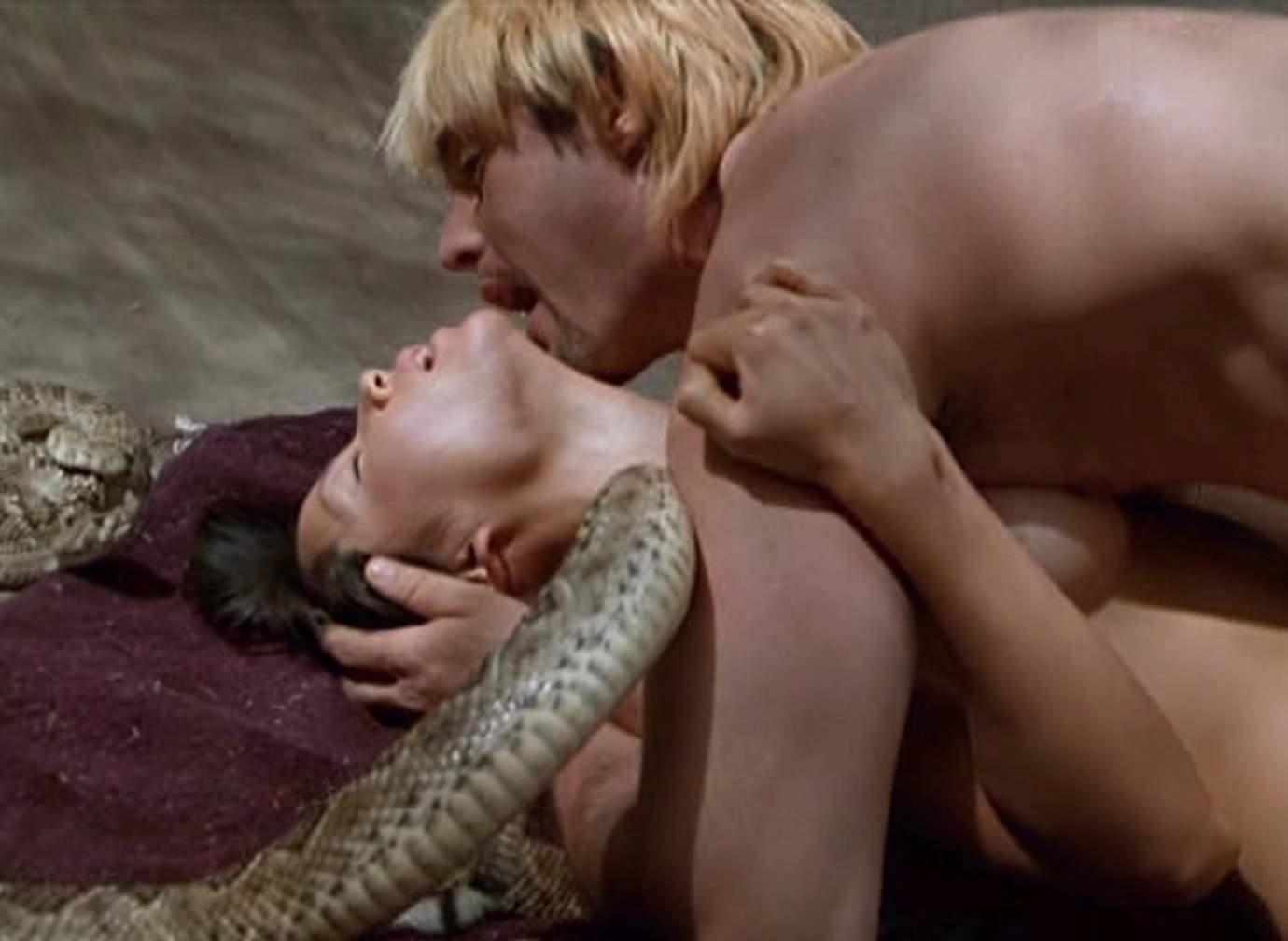 Lucy liu nude scene