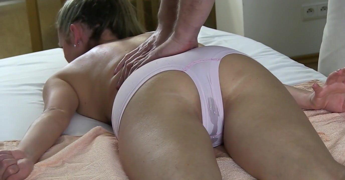 Masturbating My Wet Panties
