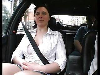 Center de en la plein porn video ville Sylvie fait la pute elle se fait tirer en pleine rue