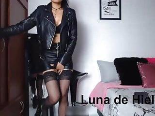 Colejialas en pantie sexy La perra en panties y latex