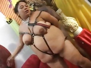 Free amateur mature slaves - Bbw with chained guy free amateur