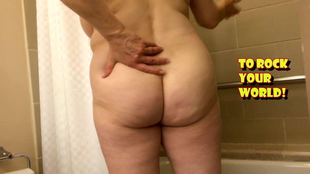 Pictures naked ass Milf Ass