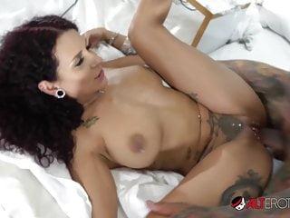 Rita mara nude Mara martinez wet pierced pussy eaten and fucked