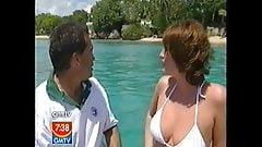 Amanda holden y sarah bikinis parroquiales