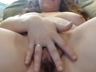 Big sexy pussy Granny with big sexy cunt play their long labia