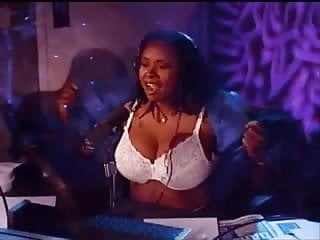 Howard stern best porn episode Howard sterns robin quivers flashing double gs