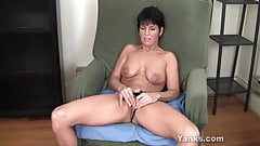 Yanks Kassandra Wild Works Her Clit