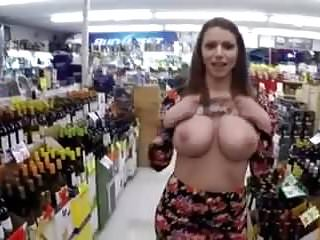 Teens with giants tit - Flashing giant tits and pussy