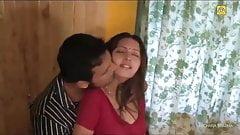 Beautiful hot indian house wife hardcore fucking
