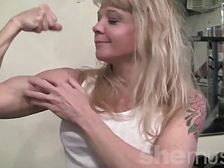Muscle mature Mature muscle in the gym
