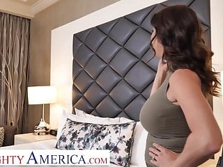America ass naughty Naughty america alexis fawx tips bell boy with pussy