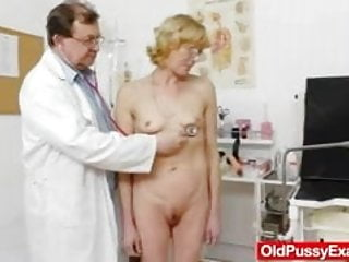 Milf mature hairy pussy hole Blond-haired gramma fuck hole exam