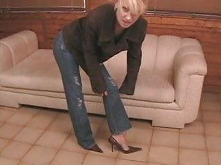Self imulation fetish - Milf blonde self toe sucking