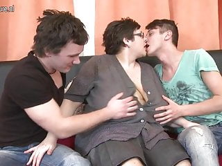 Huge breasted freaks - Huge breasted bbw mother fucking two toy boys
