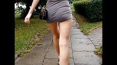 safada de micro vestido