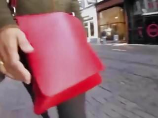 Diaper bags petunia pickle bottom - Red bag crosses amsterdam, retinue follows near