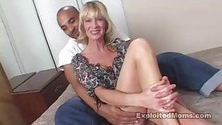 SEXY OLDER MILF BANGED
