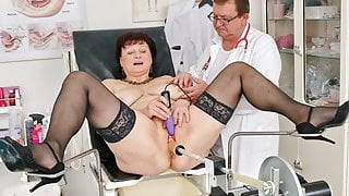 Busty countrywoman gets huge squirting orgasm in gyno chair