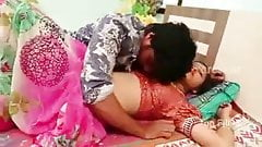 Indian mamatha bhabhi hot bed room romance with his BF