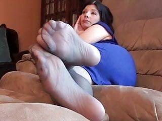 Grey pantyhose pics Brunette mom grey pantyhose displays feet for cumshot