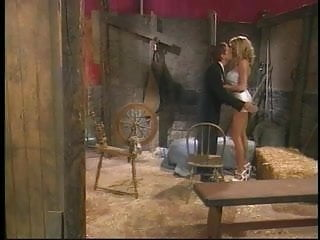 Briana banks virtual blowjob torrent - Briana banks is a rich homeowner fucked by her chauffeur on barn floor