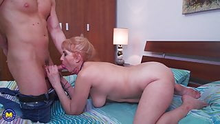 Real mother gets cunnilingus and young big cock