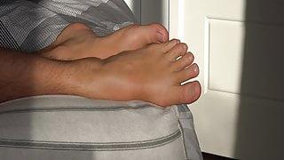 Suck my toes