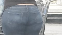 Wide ass Latina ssbbw candid