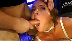 Sexy susi in mouth fucking and swallowing actions