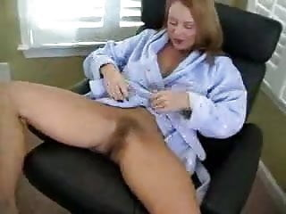 Pink pussy trimmed - Milf trimming pussy