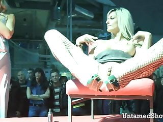 Horny naked girls spreading their legs - Horny slut spreading her legs at the sex show