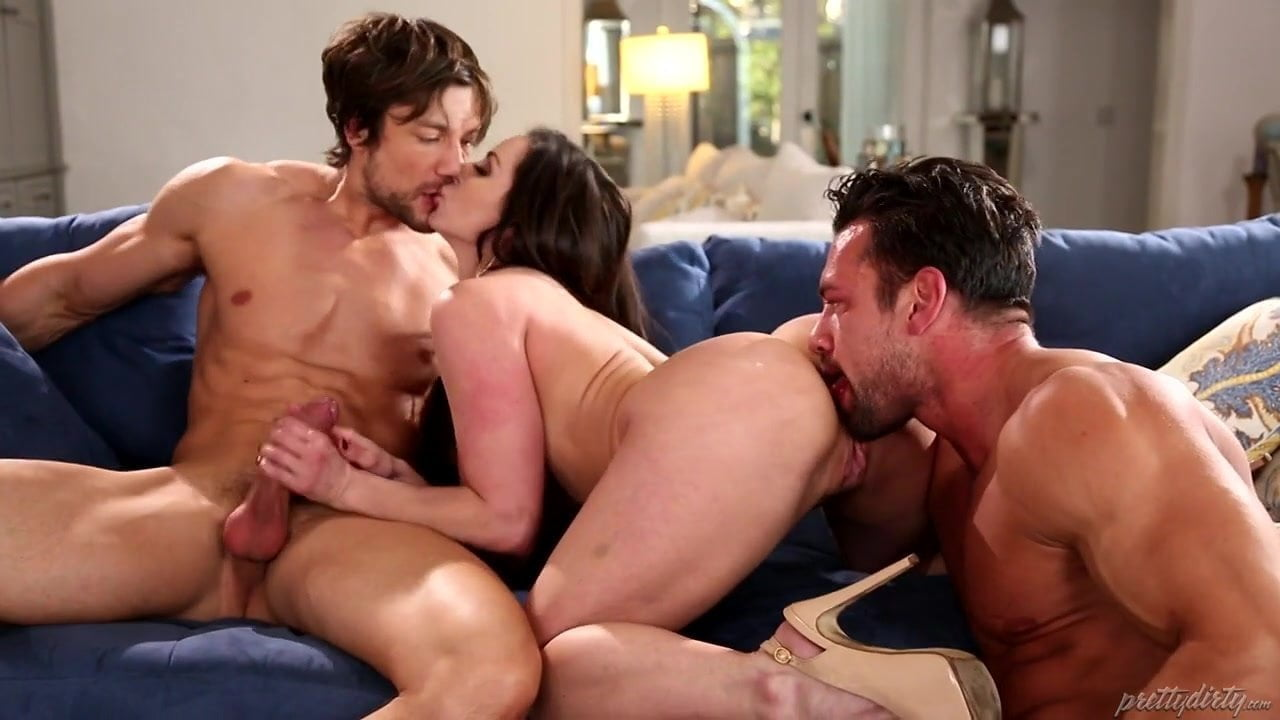 Milf Daughter Anal Threesome