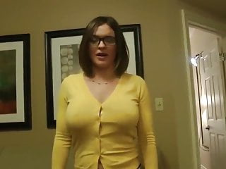 I claw your fucking throat Why did you cum in me you forgot i am your mom