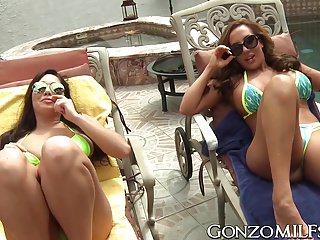 Pool side voyeur - Richelle ryan and karlee grey scissoring by the pool side