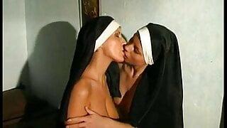 drncm classic lesbian d6