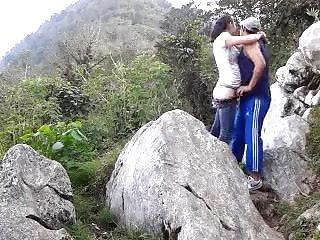 Montes porn blog - Grabandose en el monte