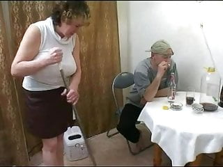 Young porn pics of the day - Mommy is getting her sex for the day