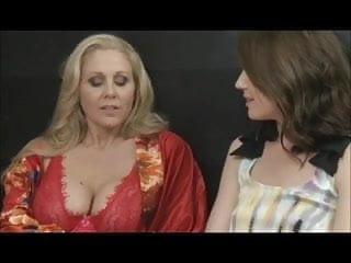 Sarah chayes lesbian Julia and sarah by filmhond