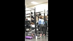 Candid sexy teens perfect booty in tight spandex at the gym