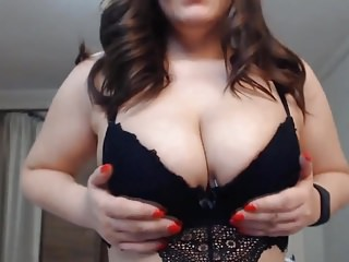 Gay porn gets real British beauty with hot curves gets real shaking orgasm