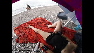 Pussy flash Stranger caught me in beach and helped me squirt