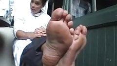 2 lady chief feet