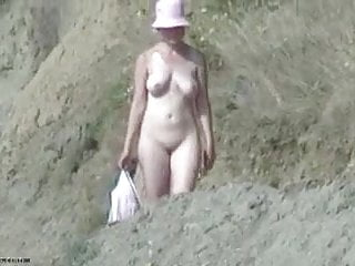 Naked cowboy hat Red hat walking to the beach naked
