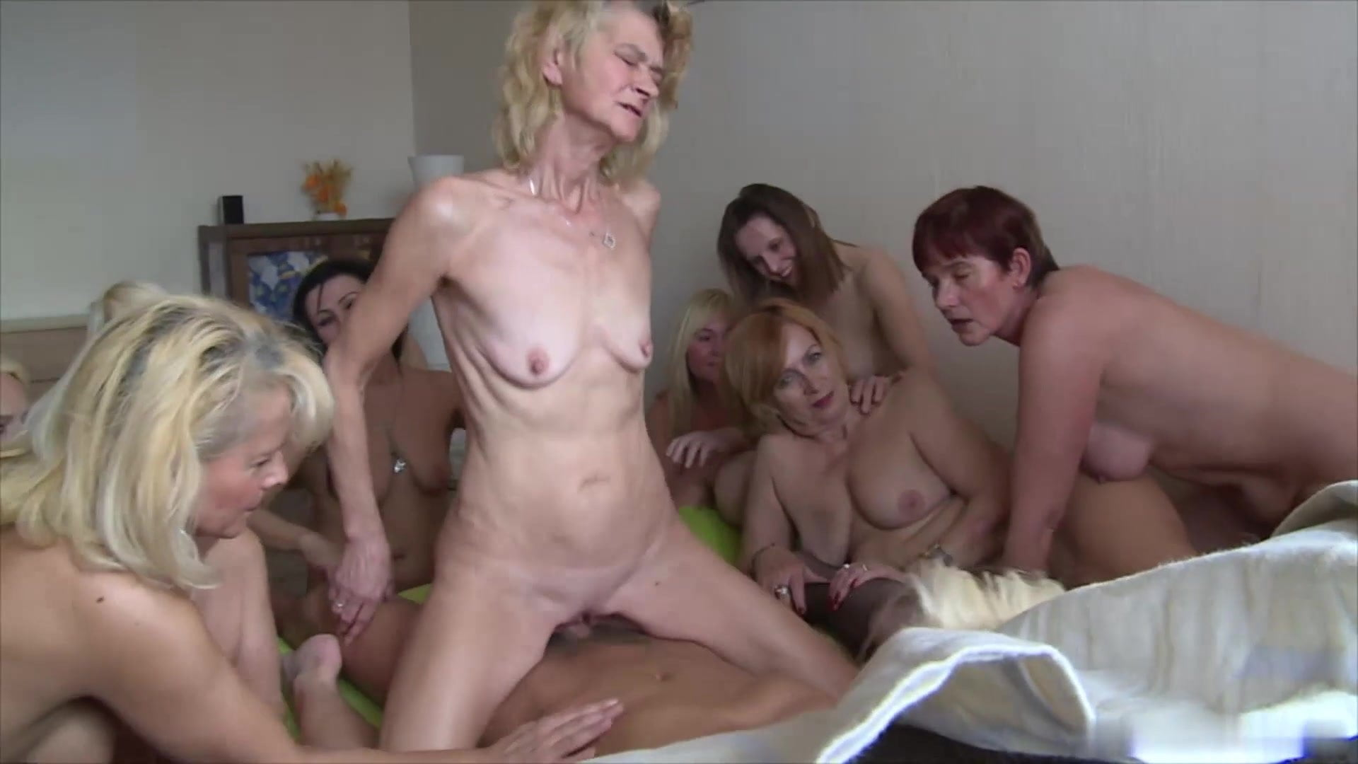 Tits cumshot saggy Saggy Tits