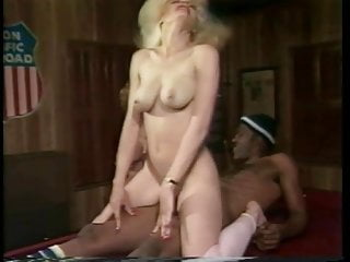 Lorries sex - Buffy davis lorrie lovett, f.m. bradley - 1986 threesome