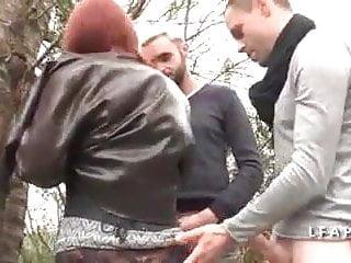 Porn grave Salope rousse aux gros pis grave sodomisee dans un gangbang
