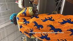 祖国のアフリカ人熟女のパンチラ