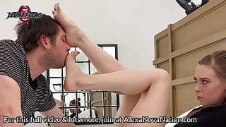 Alexa Nova loves getting her feet worshipped!